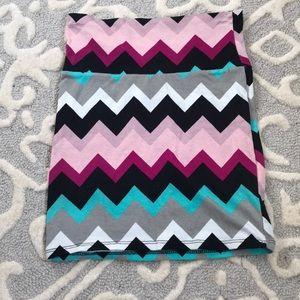 CHARLOTTE RUSSE printed mini skirt! 🌀